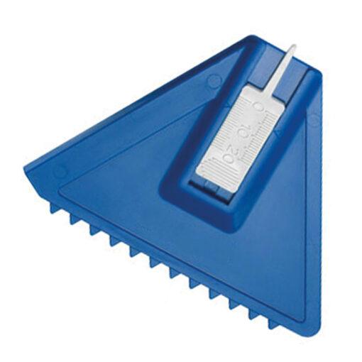 ijskabber profile in het blauw met een witte bandenprofiel tester