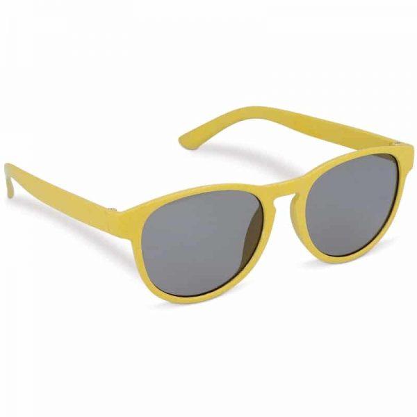 Gele duurzame zonnebril van tarwestro met logo   Pelster Automotive