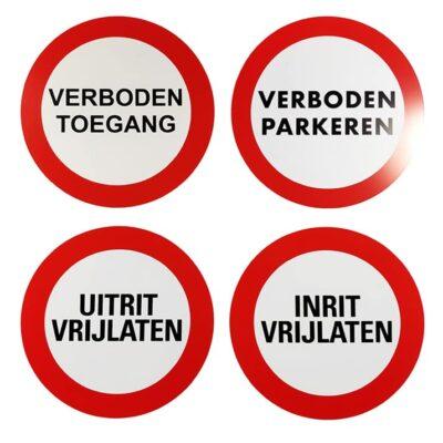 Ronde waarschuwingsborden voor eigen terrein l Pelster Automotive